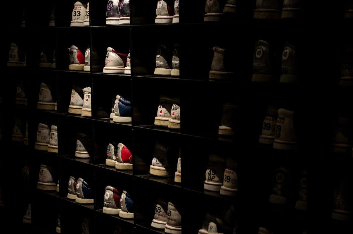 Xử lý mùi hôi tủ giày dép